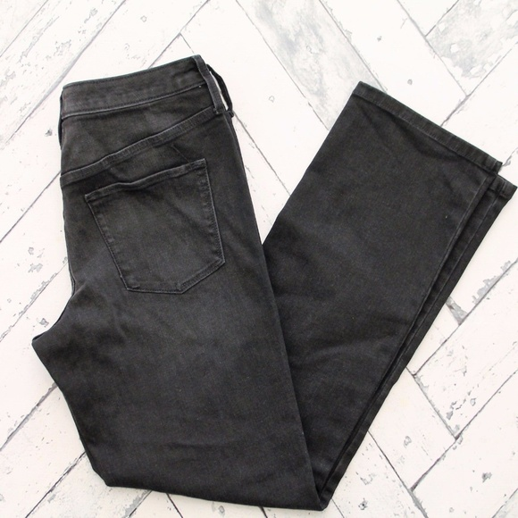 Mossimo Supply Co. Denim - Mossimo Black High Rise Straight Jeans 520394